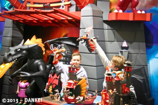 In Nürnberg zu Hause: Playmobil immer eine sichere Bank!